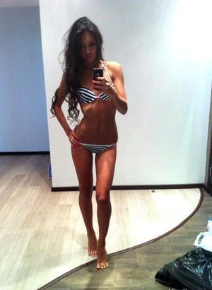 Jeanelle is looking for adult webcam chat