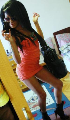 Arlene is looking for adult webcam chat