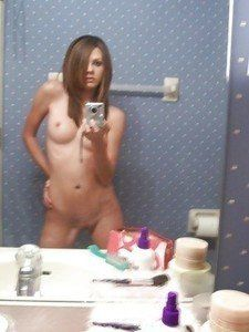 Veronica from Arizona is interested in nsa sex with a nice, young man